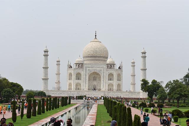 दुनिया के सात अजूबे दुनिया के सात अजूबे कौन-कौन से हैं 7 wonders of the world in hindi name दुनिया के सात अजूबे के नाम और फोटो विश्व के सात आश्चर्य कौन-कौन से हैं